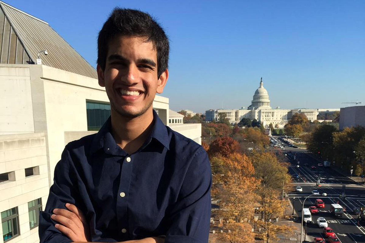 Freshman Shah Ahmad wins Newseum video contest