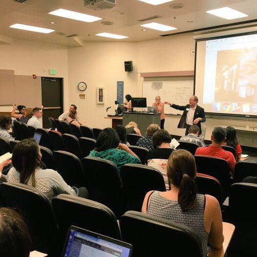 Dean Al Addressing the Online News Association Digital Storytelling workshop